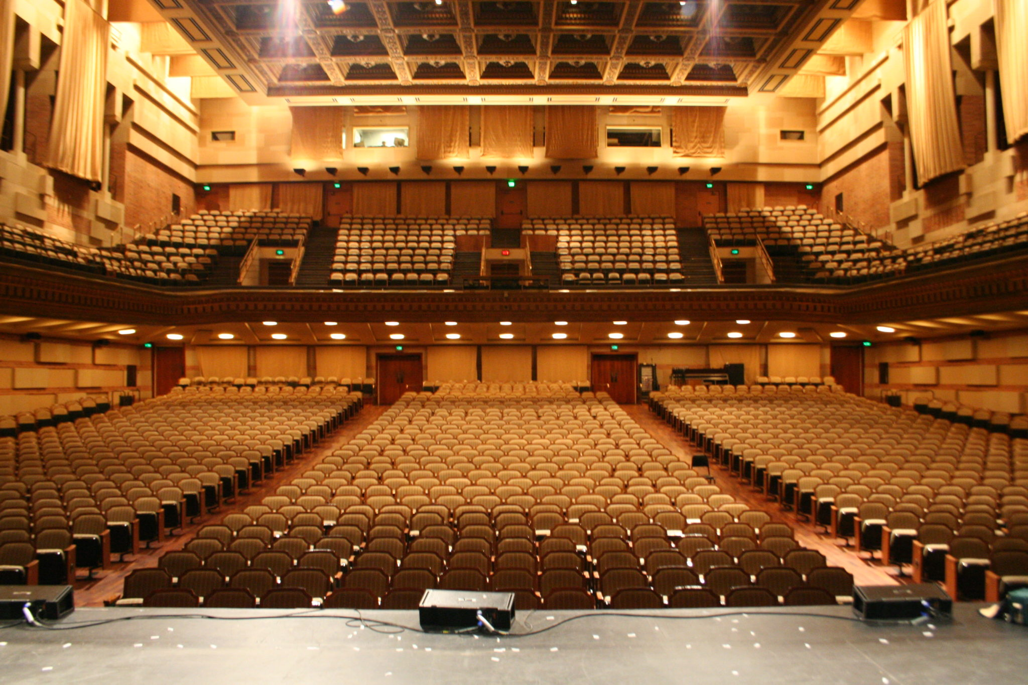 Royce Hall Seating Areas and How to Choose Them