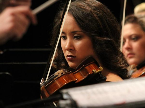 Musician Spotlight: Sarah Bunch, Violinist